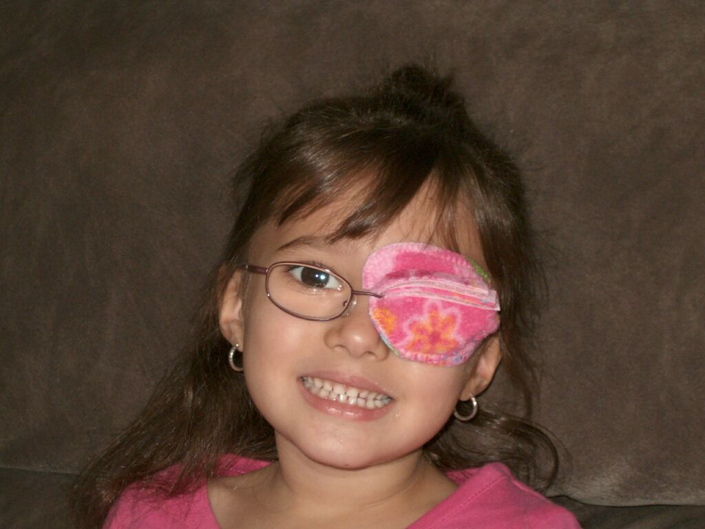 the best eye patch for kids worn by Andie Marie