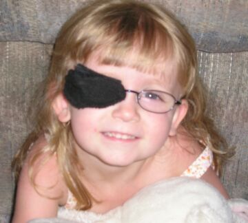 the best eye patch for kids worn by cat