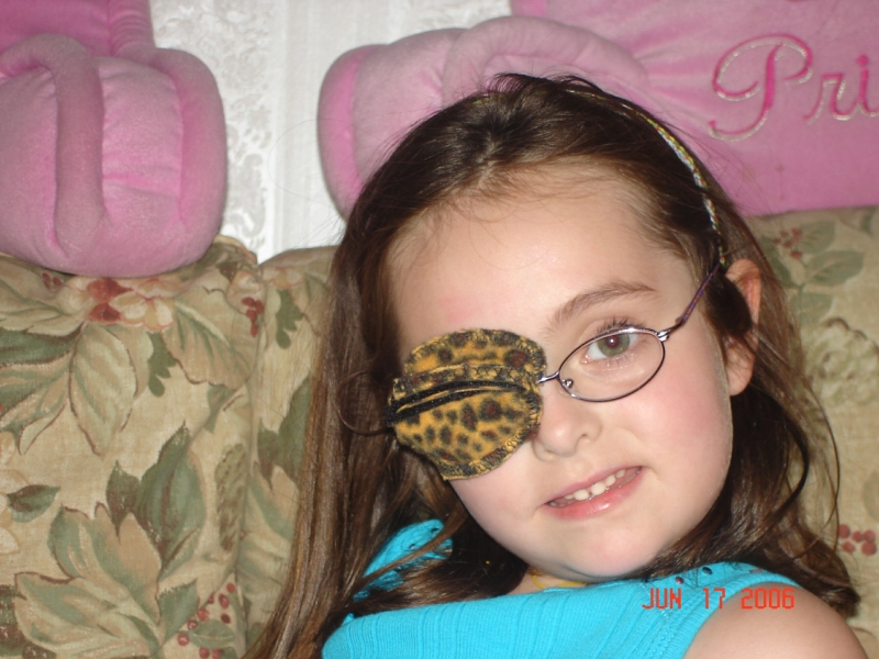 the best eye patch for kids worn by Gracie