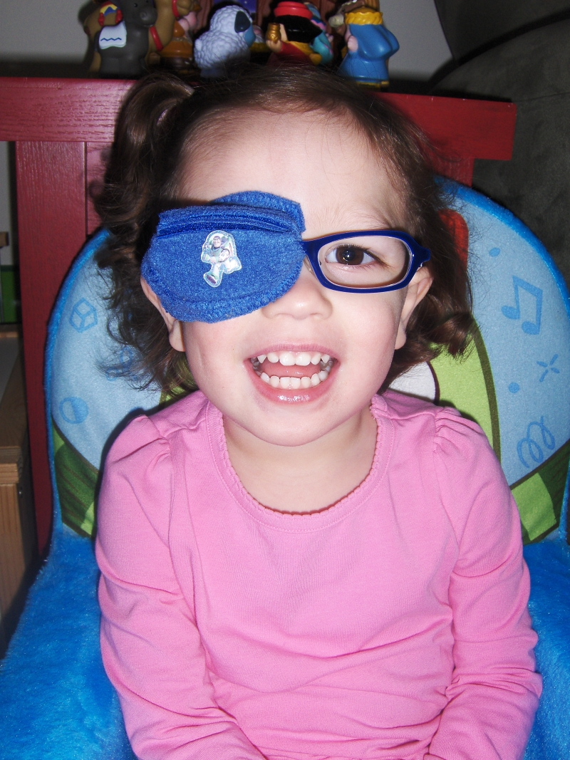 the best eye patch for kids worn by Lucia