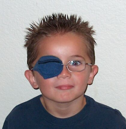 eye patche for kids glasses worn by Hunter